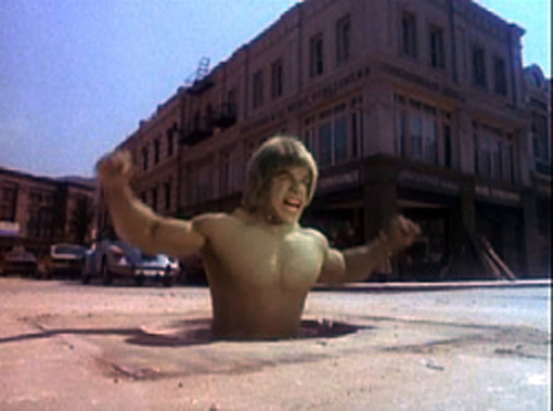 "Lou Ferrigno in the episode ""Nine Hours"" from The Incredible Hulk (1980) starring Ingraffia as Slick Monte."
